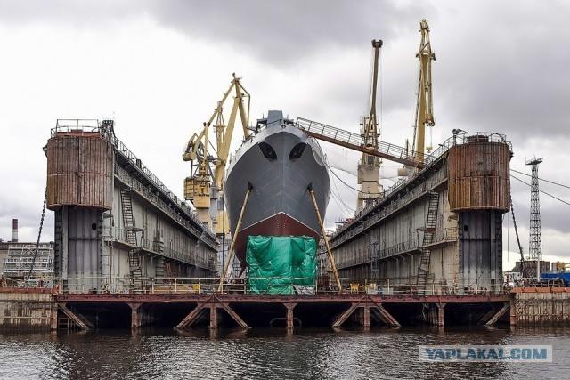 Церемония спуска на воду фрегата «Адмирал Головко» проекта 22350