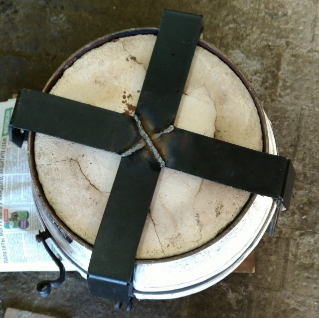 Тандыр на колёсиках для шашлыка