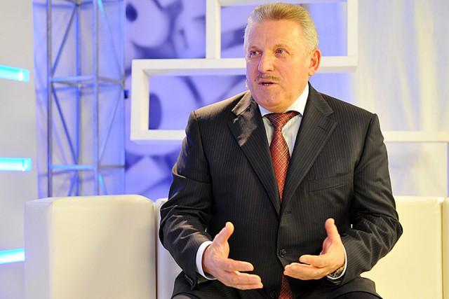 Пенсия в 300 тысяч, охрана и обслуга: что получают российские губернаторы после отставки