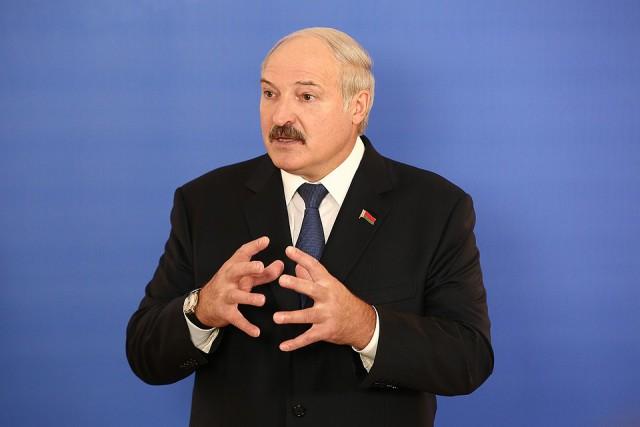 Лукашенко заявил, что Москва хочет инкорпорировать Белоруссию в состав России