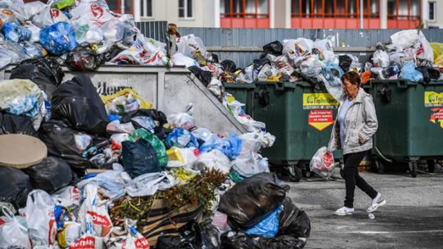 В Грузии запретили одноразовые пластиковые пакеты