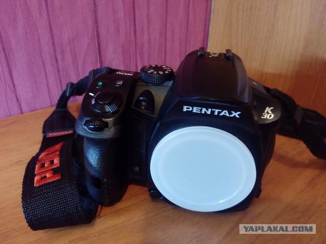 Продам Pentax K-30 и три объектива