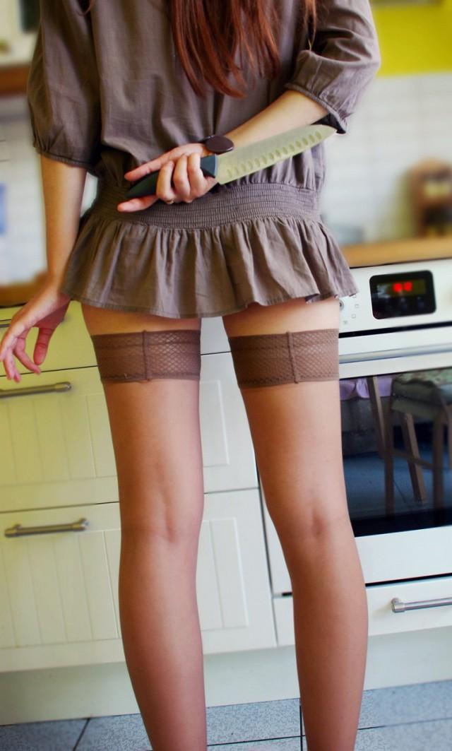 Нескромные наряды девушек.