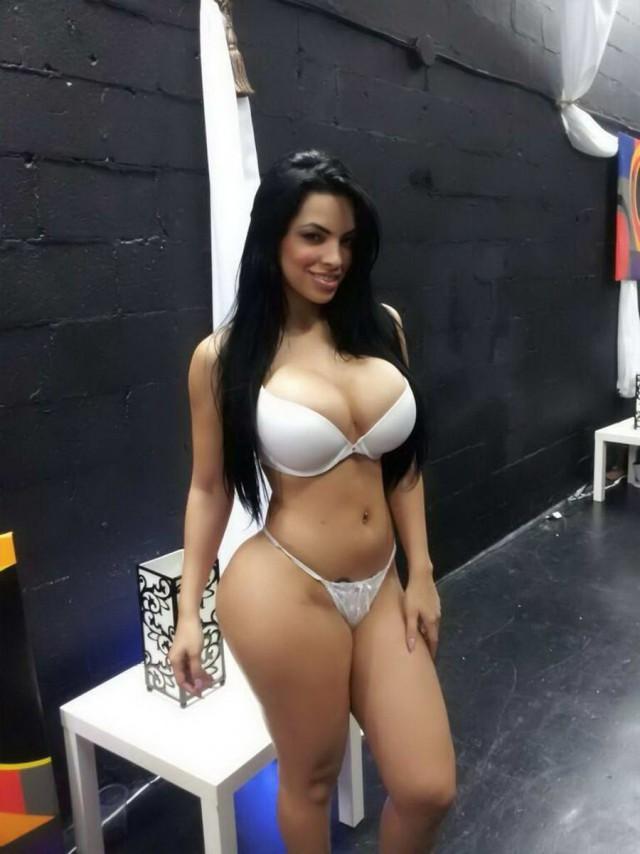 Смотреть видео Латиноамериканки онлайн