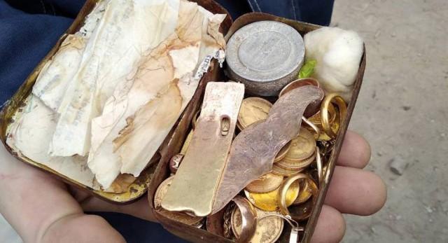 Золото 70 лет лежало под крышей: клад еврейского узника нашли в Гродно