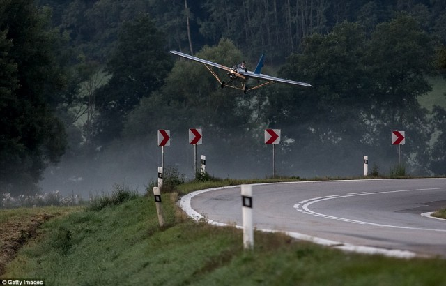 Чех построил самолет, чтобы летать на работу