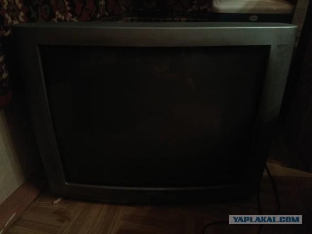 Даром. 4 телевизора ЭЛТ. Москва