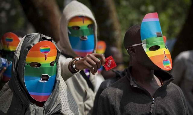 Суд в Кении утвердил анальный осмотр