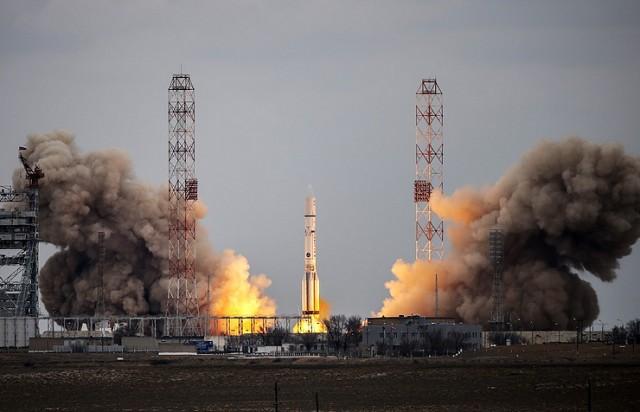 Россия запустила в космос военный спутник с помощью ракеты-носителя «Протон-М»