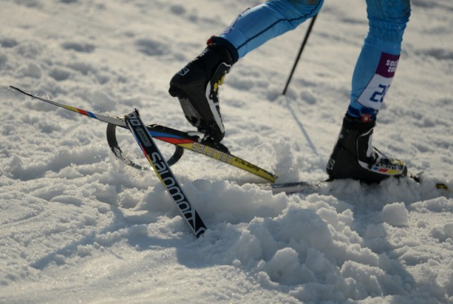 Лыжник избил палкой семилетнюю девочку, оказавшуюся у него на дороге
