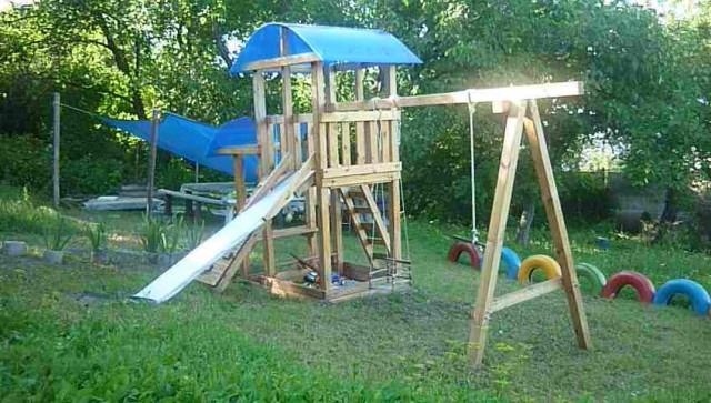Детская площадка своими руками : фото-идеи Высокий домик для детей