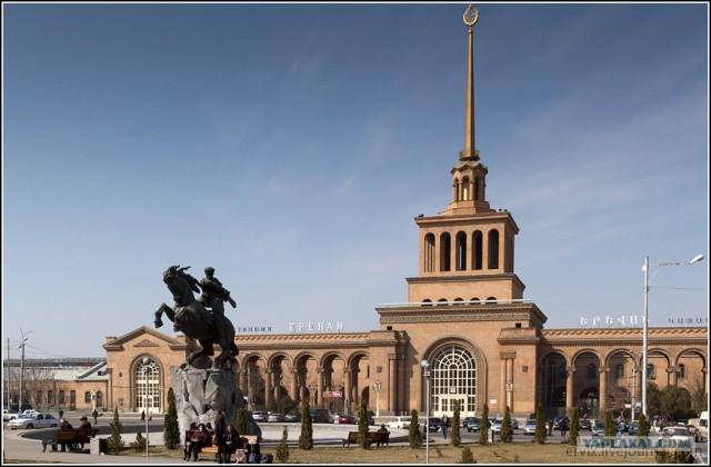 Блеск и нищета Армении: Ереван. Фоторепортаж