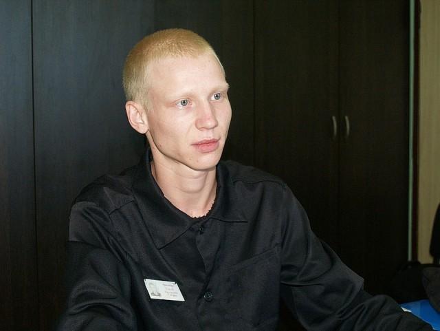 Сироте из Магнитогорска, который специально сел в тюрьму, дали жилье