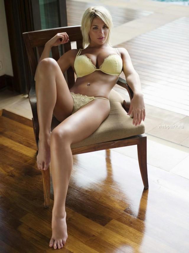Красивые девушки в нижнем белье (подборка)