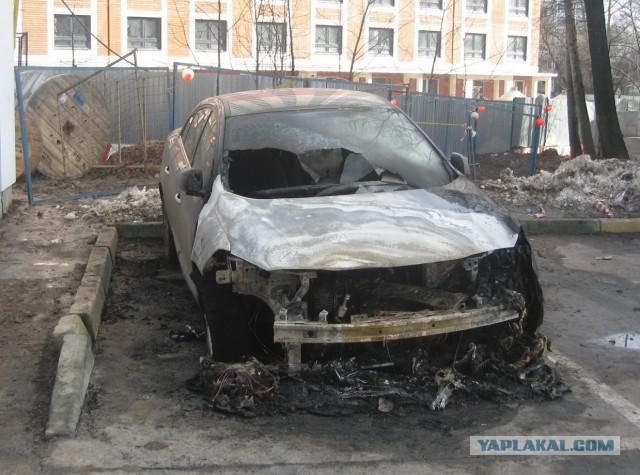За борьбу с ворьем от ЖКХ москвичу неоднократно угрожали убить семью и  пока ТОЛЬКО сожгли автомобиль. Что дальше?