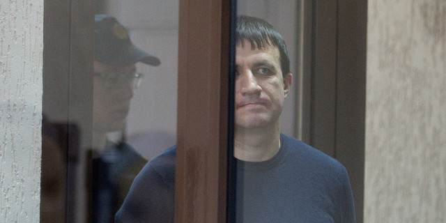 Беларусь: Бывшего начальника ГУПРа за сбор дани со школьных столовых приговорили к 14 годам с конфискацией