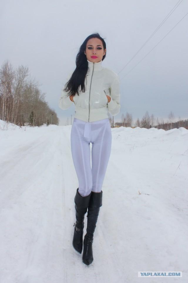 devushki-v-belih-losinah-foto