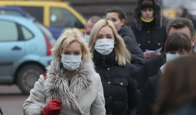 В России предложили ограничить ношение медицинских масок на улицах