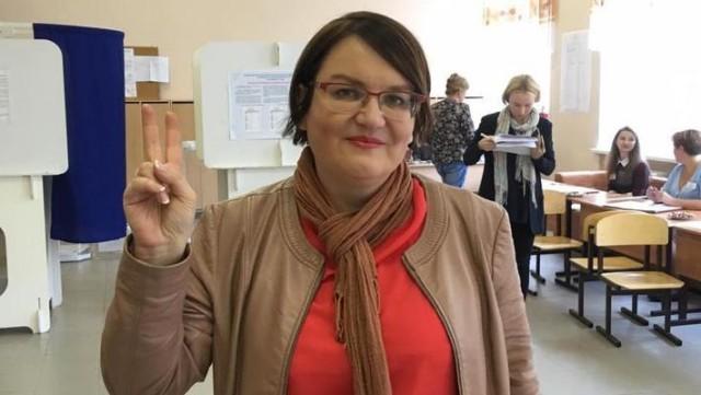 В квартире депутата, которая подала в суд на Путина, прошли обыски