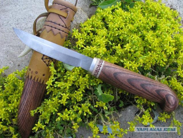 Пара северных ножей.