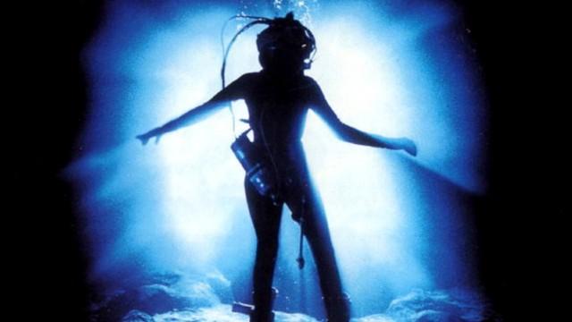 Сегодня 30 лет исполнилось фильму «Бездна»: великолепный подводный ад Джеймса Кэмерона