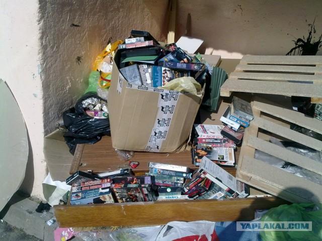 очистки видеокассеты выбросить или нужно это заложено характере