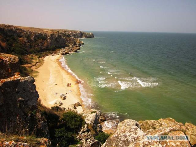 Поход вдоль Азовского моря (жара, змеи, пауки, приключения)