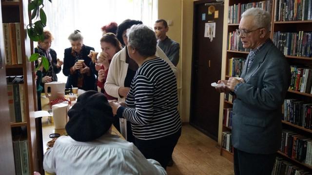 Ивановских библиотекарей уличили в незаконной растрате средств на чаепития