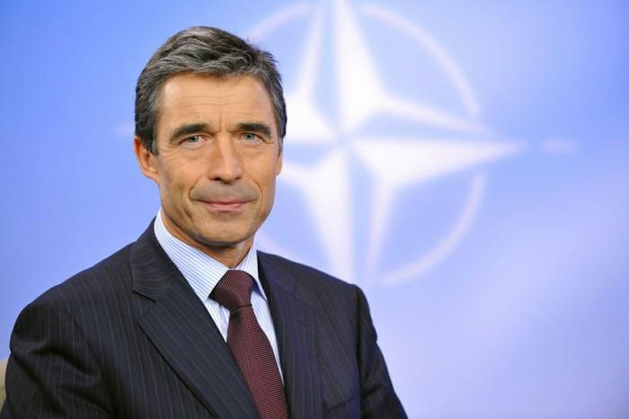 Бывший генсек НАТО предрек Белоруссии войну.