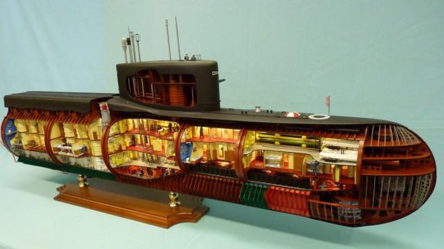 """Модель атомной подводной лодки 667-А """"Навага"""""""