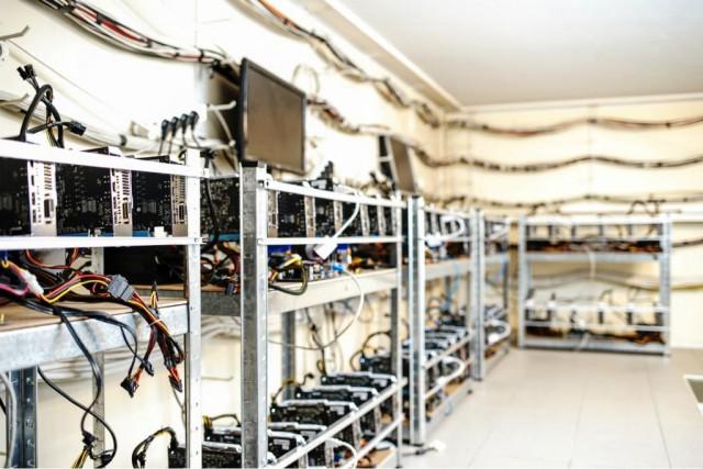 Бывший техдиректор Qiwi тайно заработал 500 тыс. биткоинов на терминалах компании