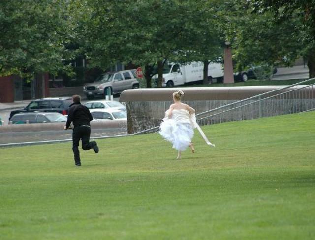 В Москве жених сбежал со свадьбы, не заплатив за банкет