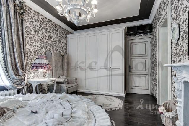 Если уж квартира стоит 55 лямов - то должно быть БОГАТО!