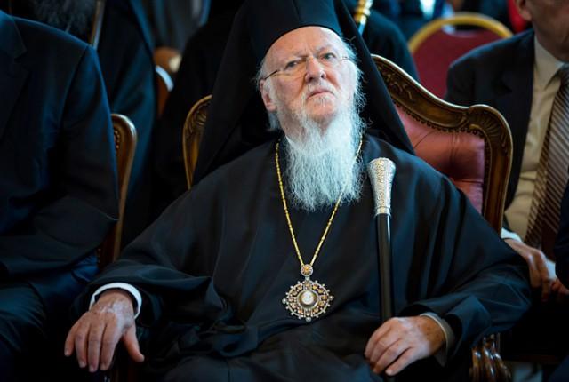 В РПЦ предложили низложить патриарха Варфоломея