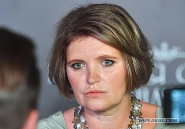 Жена Чубайса снимет сериал в защиту 90-х