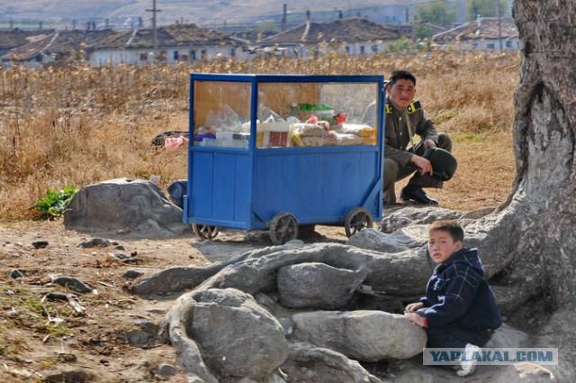 Сельские жители КНДР