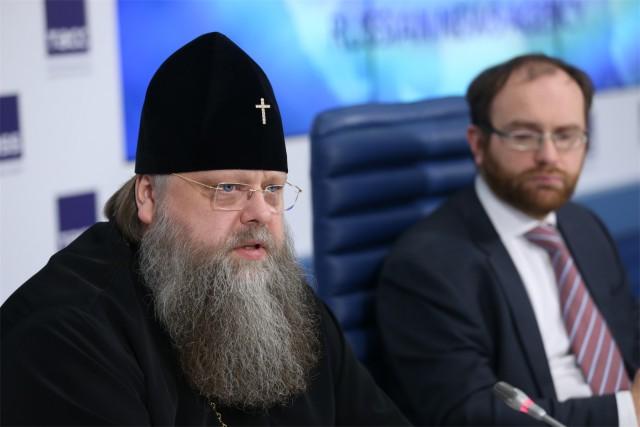В РПЦ ответили на вопрос Познера о легальности атеизма в России