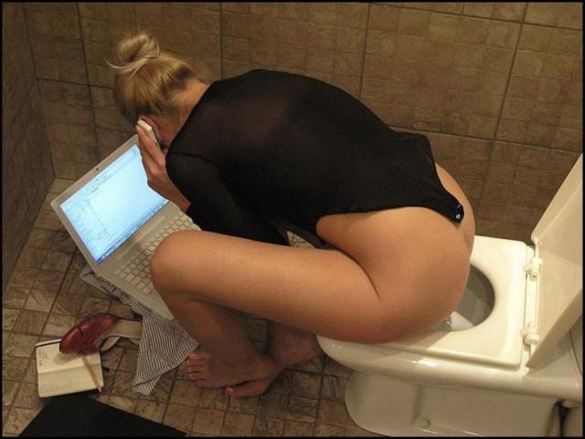 porno-skritaya-kamera-zhenskih-tualetah