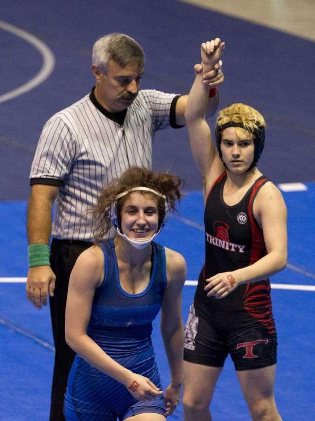 Непобедимая техасская чемпионка оказалось мужчиной, но все равно продолжает бороться в женском чемпионате