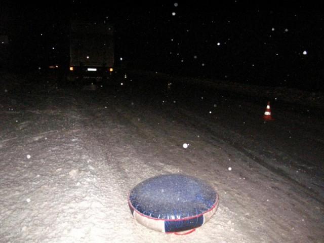 На Камчатке погибла девушка, катавшаяся на привязанном к автомобилю тюбинге