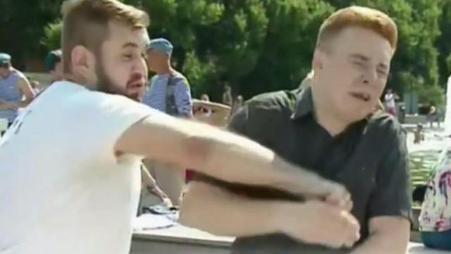 Избитый в день ВДВ в Парке Горького журналист НТВ выбросился с 11 этажа