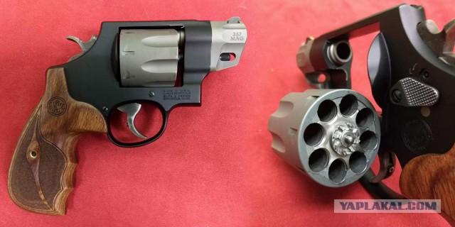 Больше, чем у пистолета: топ-5 ну очень многозарядных револьверов