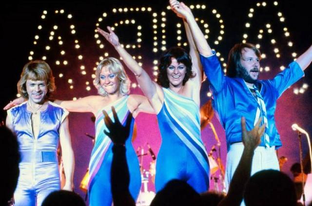 ABBA,история песен «Fernando»1975,«Dancing Queen» (1976) и «Money, Money, Money» (1976)