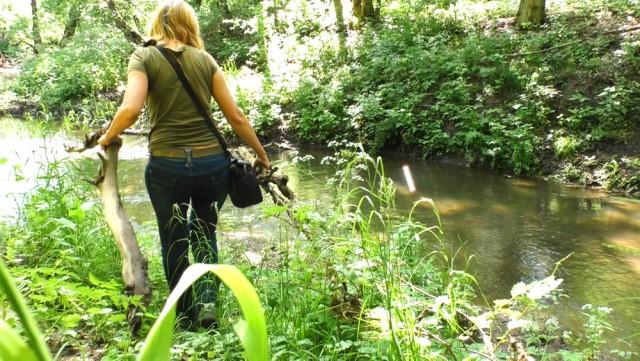 Выживание в лесу с женской сумочкой