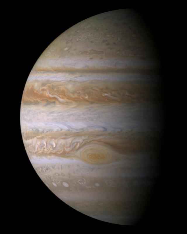 Фотографии каждой планеты нашей Солнечной системы