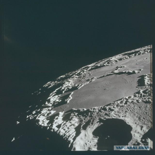 Снимки, заснятые лунной миссией «Аполлон-15»