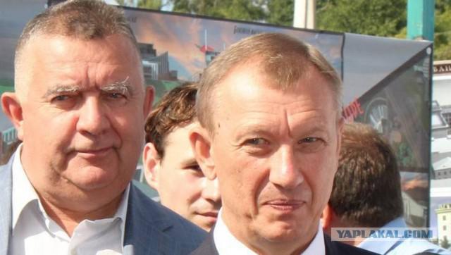 Бывшие осужденные брянские чиновники получили по 100 тысяч рублей прибавки к пенсии