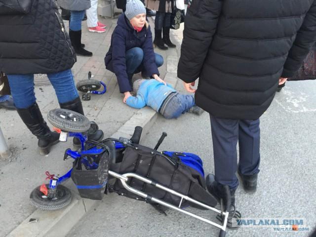 2-летний малыш, пострадавший в жутком ДТП пришел в сознание. Его окрестили. И об остальных.