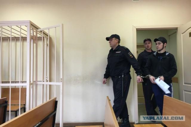 Чурка воткнул отвёртку в голову русскому сантехнику и присел на 6 лет.
