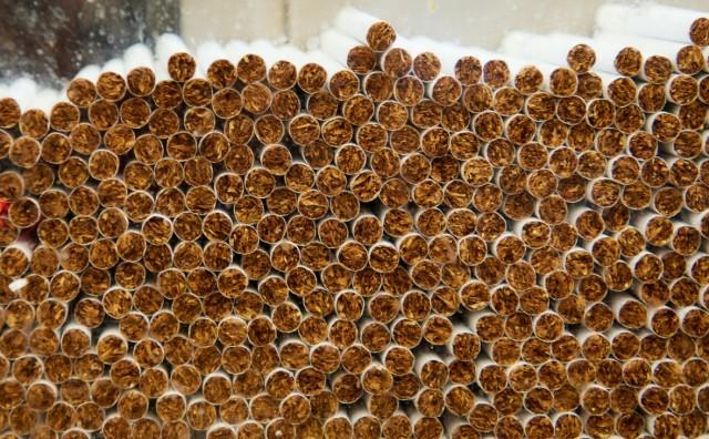 Управделами президента закупило сигареты на 19 млн руб
